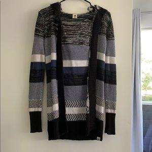 Blue/black patterned cardigan